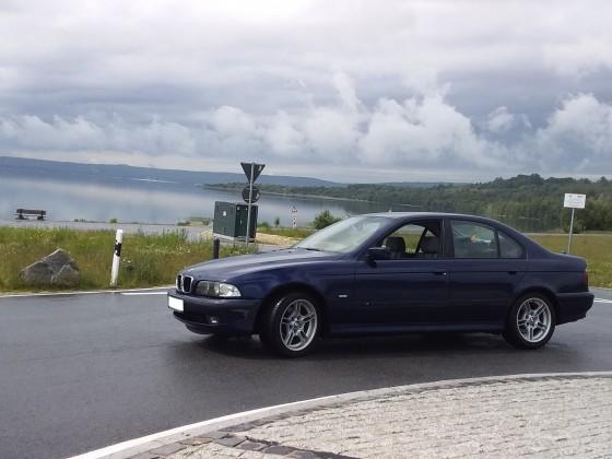 BMW am See